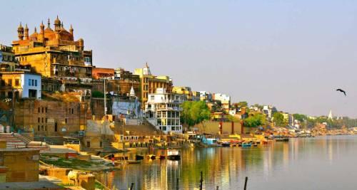Fiume Gange, India
