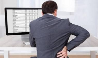 La tua vita è in pericolo se stai seduto più di tre ore al giorno