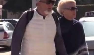 Firenze, inchiesta sulle false fatture: rinviati a giudizio Tiziano Renzi e la moglie