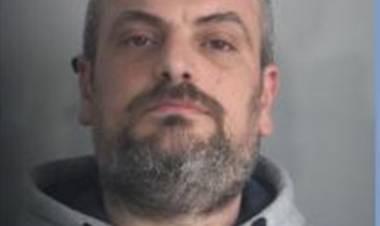Reggio Calabria, Ciro Russo è ancora in fuga: continua la caccia all'uomo che ieri ha bruciato l'ex moglie