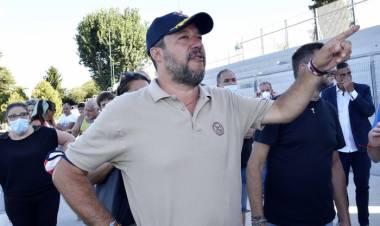 Scuola:Salvini, mozione di sfiducia contro Azzolina