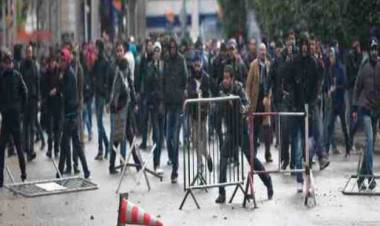 I migranti aggrediscono gli italiani? La sinistra difende solo gli stranieri