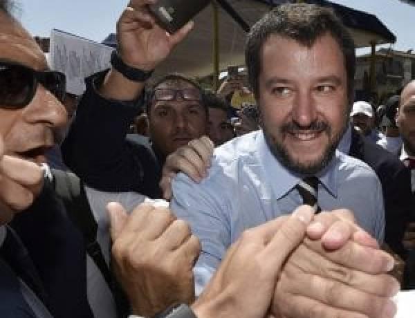 Salvini: Migranti, serve buonsenso, Dalla Tunisia arrivano anche i galeotti
