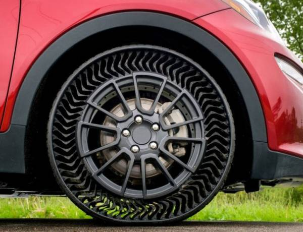 Rivoluzione nel mondo degli pneumatici: ecco le gomme senza aria
