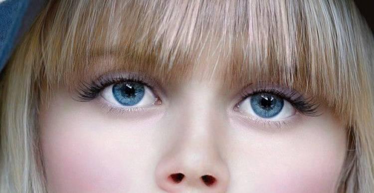 Perché a volte vediamo delle forme strane davanti ai nostri occhi?