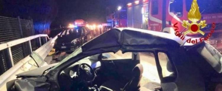 Cinghiali in autostrada, grave incidente sull'A1: un morto e 10 feriti