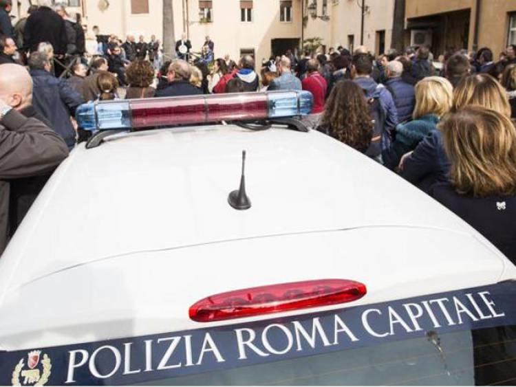 Roma, anche i vigili Ugl domani al sit in contro le mascherine all'aperto Gabrielli, manifestazioni solo nel rispetto delle regole