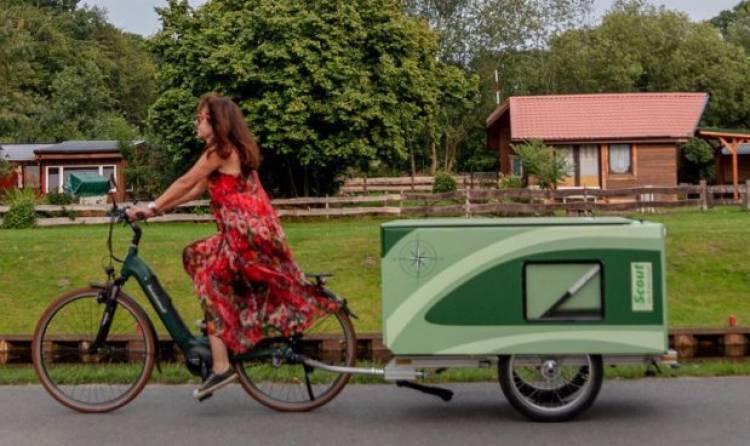 La roulotte che si attacca alla bicicletta