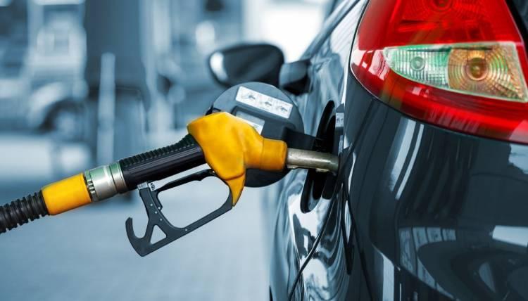 Auto diesel e benzina addio: da quando non potranno più circolare in Ue